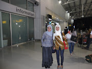 The right Terminal 3 Soekarno Hatta International Airport, met up with Bu . (dsc )