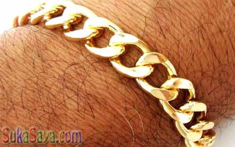 Jika Laki-laki Memakai Emas Akan Mengalami Penyakit Ini