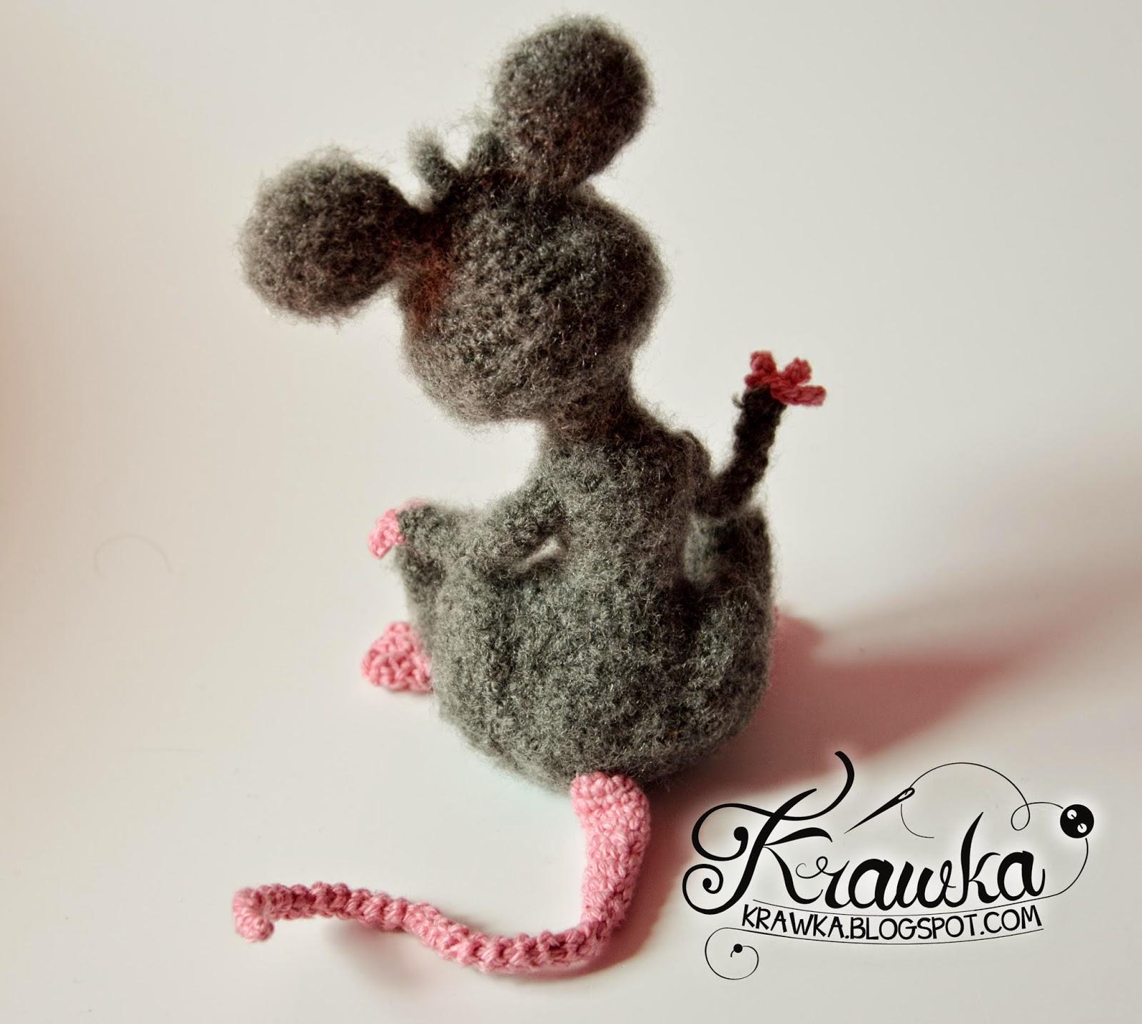 Krawka: Handmade crochet grey rat with pink nose. Cartoon rat character