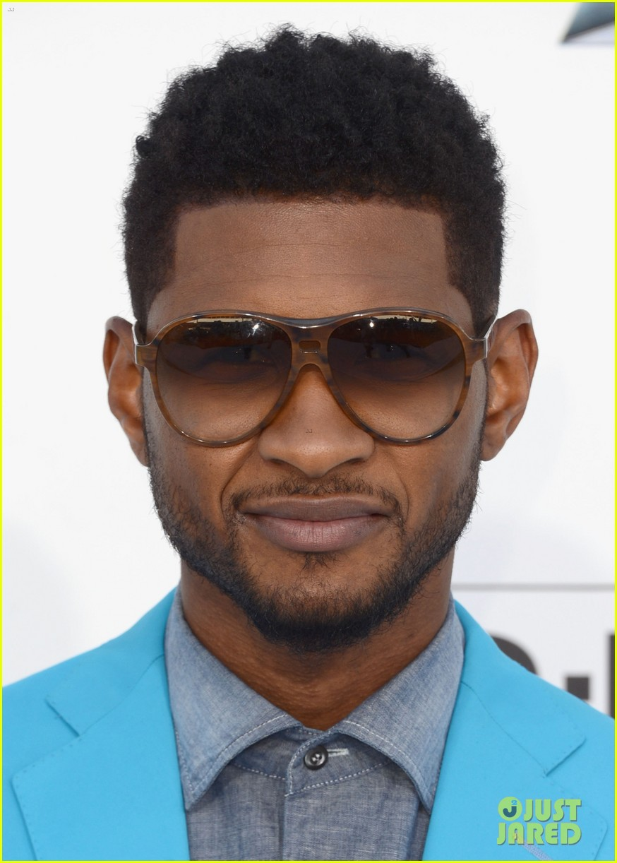 Usher Quot Billboard Awards Performer And Red Carpet Look