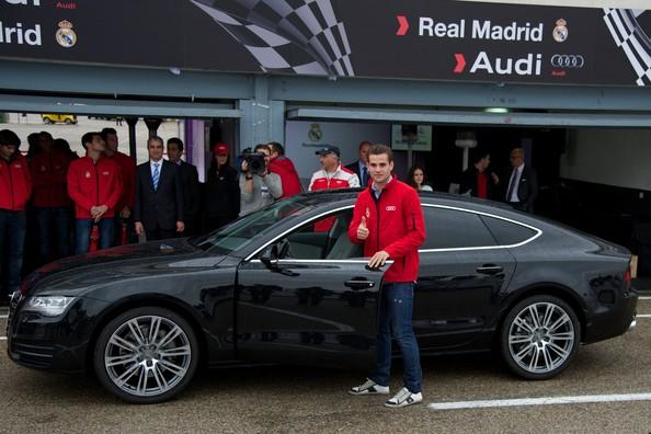 Penyerahan Kereta Audi Kepada Pemain Real Madrid Musim 2012/2013