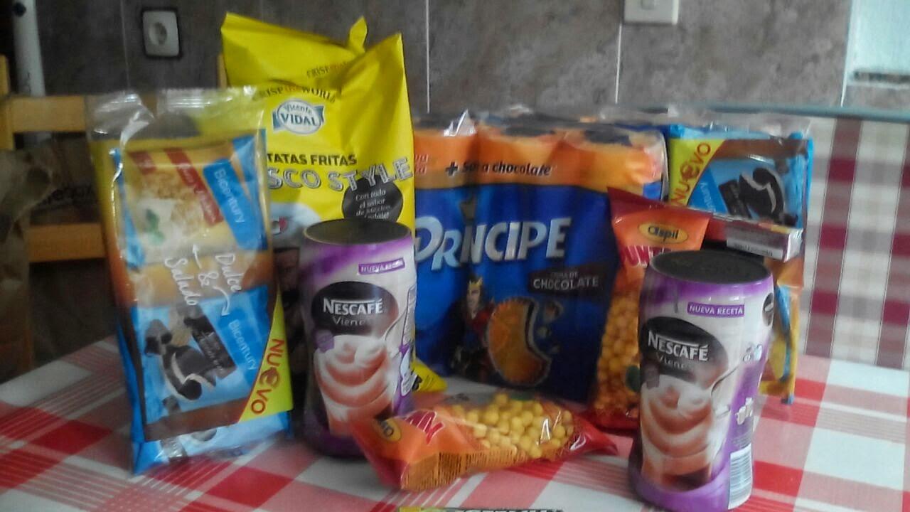 caja mensual comida smile-box principe bicentury nescafe