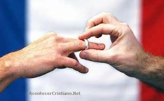 Francia permitirá a las parejas homosexuales casarse y adoptar