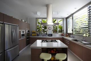 kitchen interior color matching and free air ventilation to the park to make the atmosphere very comfortable in the kitchen