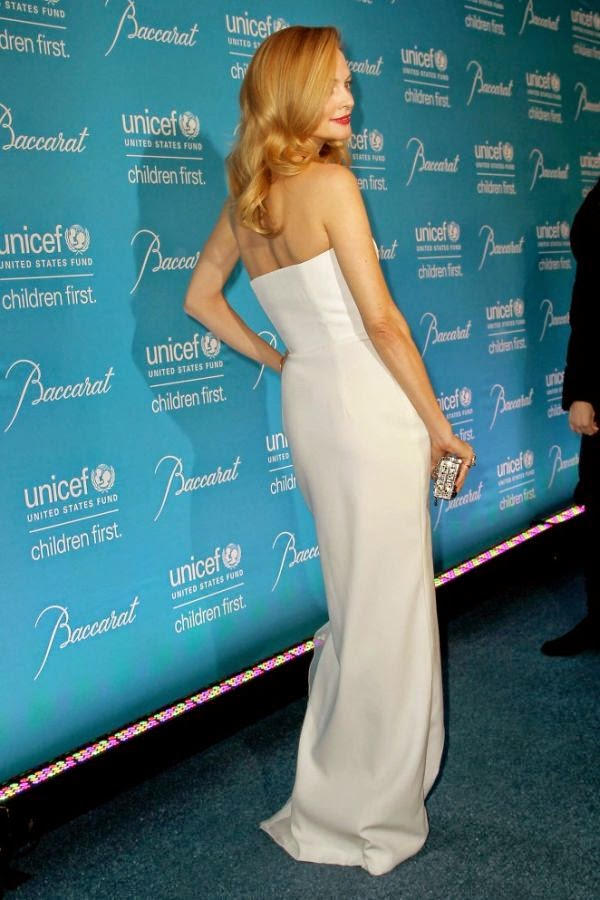 It's to be a great night, if you're a total beauty like Heather Graham. May be frozen was her inspiration for the night? If so, the 44-year-old managed to involve herself in all things of fashion on the 10th Annual UNICEF gala. The Hollywood actress showed off her picture perfect as she stepped out at New York, USA on Tuesday, November 2, 2014 wearing a white strapless gown by Paule Ka.