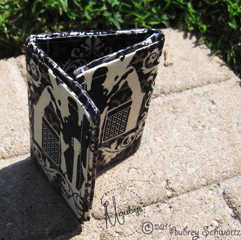 Mauby\'s: Rockin\' Wallet Tutorial