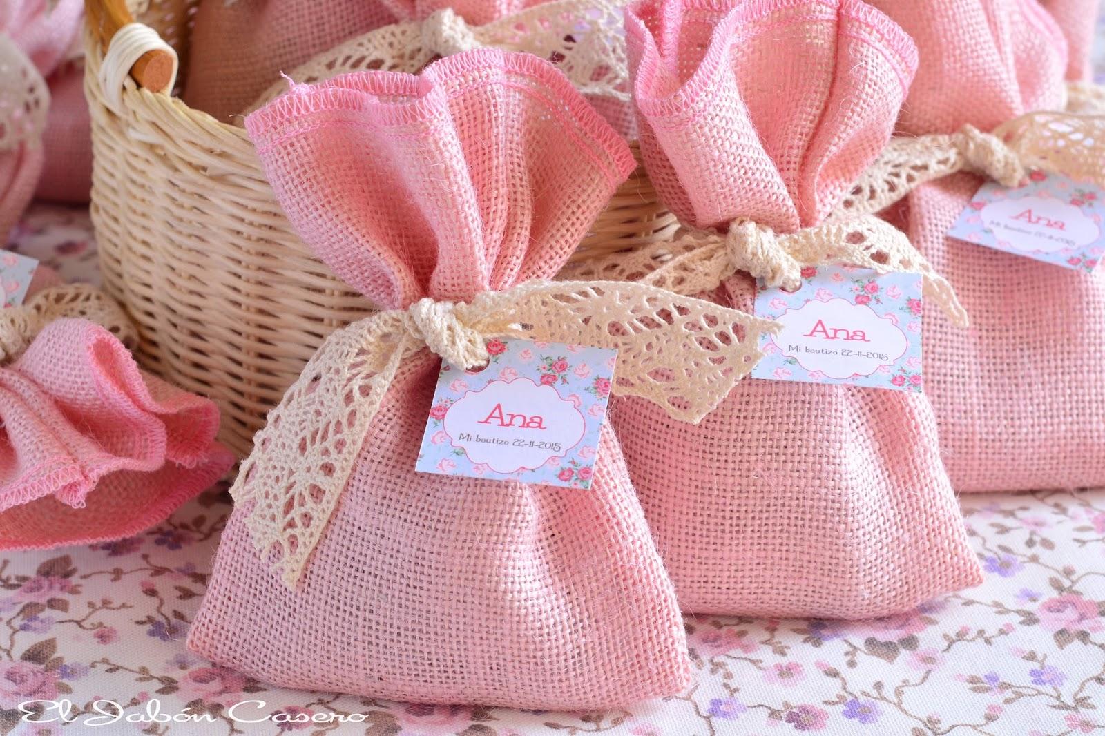 El jab n casero detalles de bautizo en rosa bolsitas for Detalles de decoracion