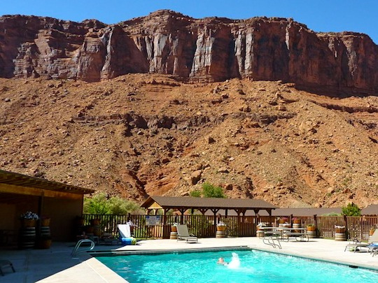 Red Cliffs Adventure Lodge Moab