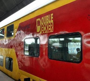 JAIPUR – DELHI AC DOUBLE DECKER TRAIN
