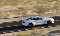 New-Ford-Mustang-Shelby-GT350-23.jpg