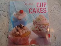 http://cecilecupcakecafe.blogspot.de/2013/07/dr-oetker-cupcakes.html