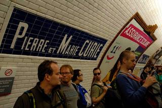 Einstieg an der Station Pierre et Marie Currie