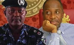 Amaechi And Mbu Finally Meet In Govt House