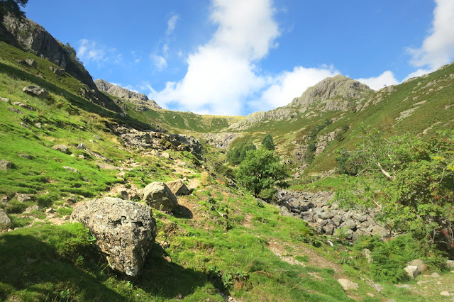 Langdale Pikes, Jacks rake, Ambleside, Windermere, Pavey Ark, Lake District Walks Best
