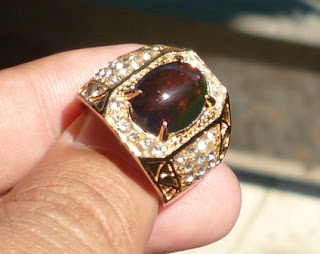 Batu Natural Black Opal Crystal Top Jarong Big Size