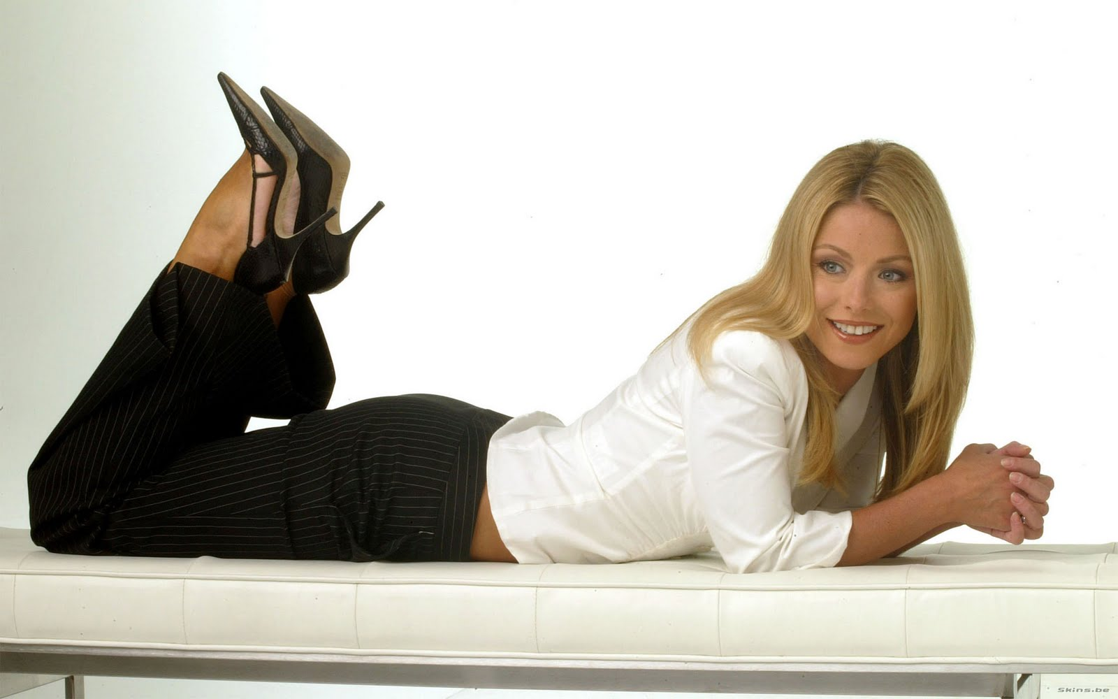 Kelly Ripa Hot Wallpapers