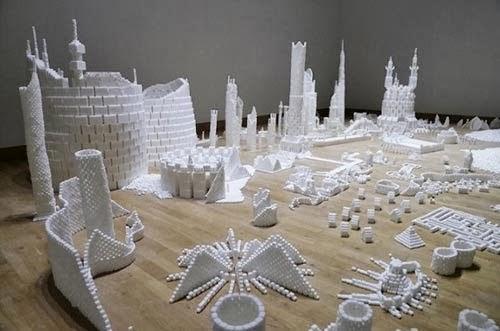 صور مدينة مصنوعة من مكعبات السكر 2014 , اجمل صور التصميمات الفنية