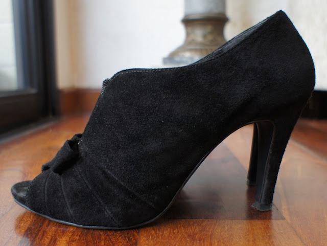 peep_toe_camurça_preto_my_shoes_lado