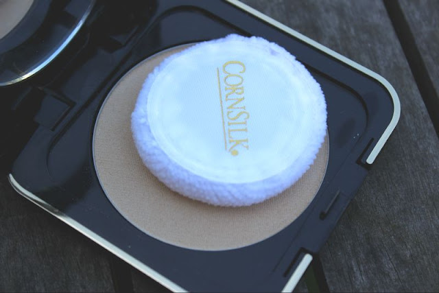 Corn Silk Original Satin Pressed Powder