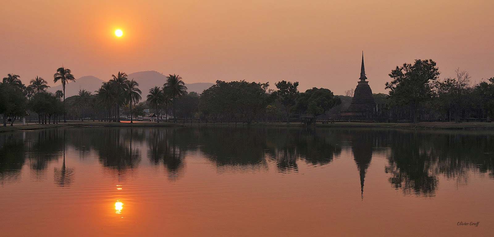 Sunset à Sukhotai