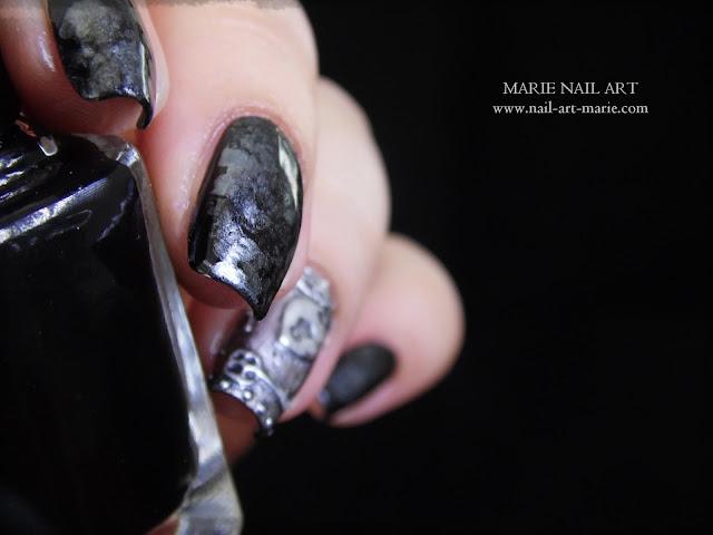 Nail Art effet Métal Ancien en 3D9