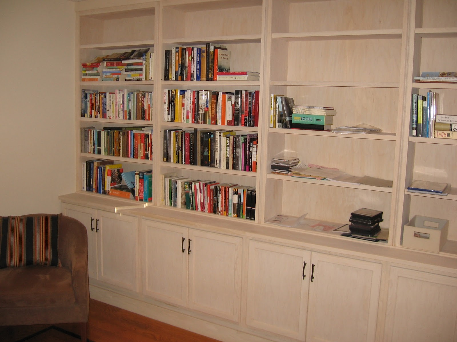 Black Sheep Woodworking Custom Built In Bookcase