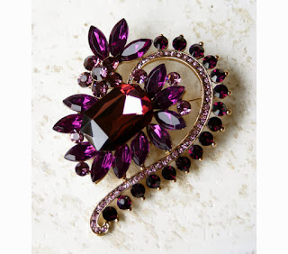 https://www.goodsmiths.com/brooch-hunter-supply/purple-brooch-pin-a-great-supply-for-your-craft-projects