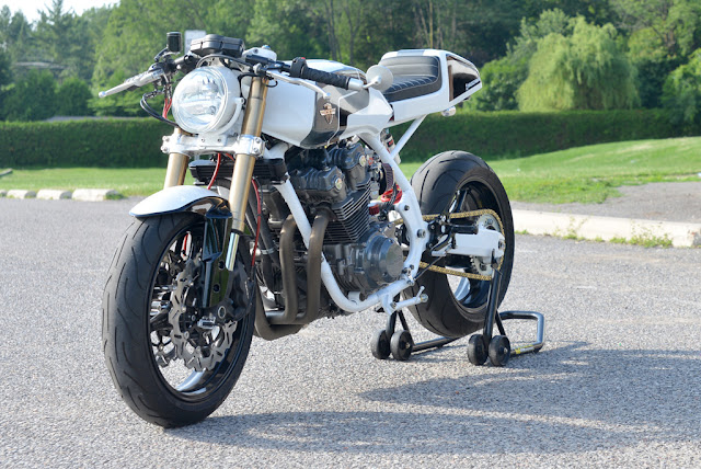 Racing Caf U00e8  Honda Cb 985f White 1982 By Chappell Customs