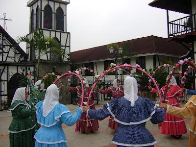 Baile en la Plaza de la Colonia Tovar. Venezuela