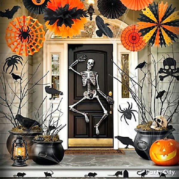 outdoor decorations might be right up your ally from the elaborate to the simple and the spooky to the whimsical you are sure to find something here - Outdoor Halloween Decoration