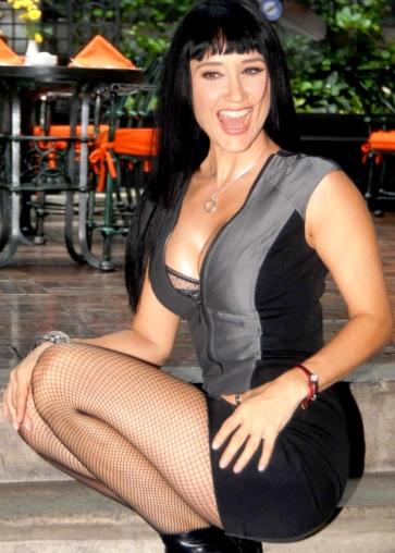 Susana Zabaleta con enorme sonrisa