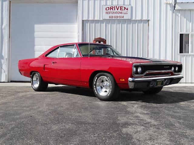 1970_restored_roadrunner