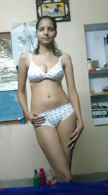 INDEPENDENT GURGAON ESCORTS  +91 - 9 6 5 4 4 9 4 2 7 7