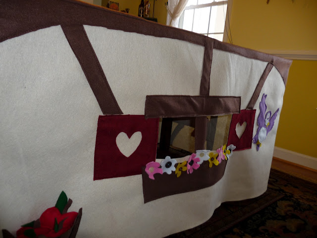 fort princess snow white cottage woodland creatures
