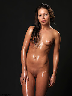 Hegre-Art - Erica - Baby Oil - 014