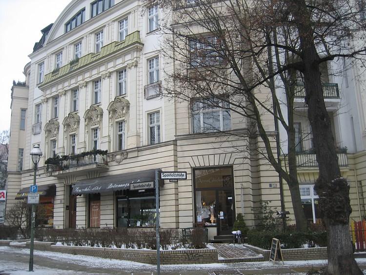Werkstatt f r historische stickmuster annagl ckstoff in for Dekorationsartikel berlin