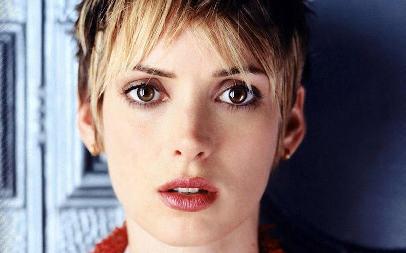 10 Wonderful Winona Ryder Hairstyle Pictures