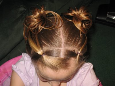 Hairstyles For Toddlers Easy : Little Girls Hairdos: Easy Toddler Hairstyles; Toddler Bun