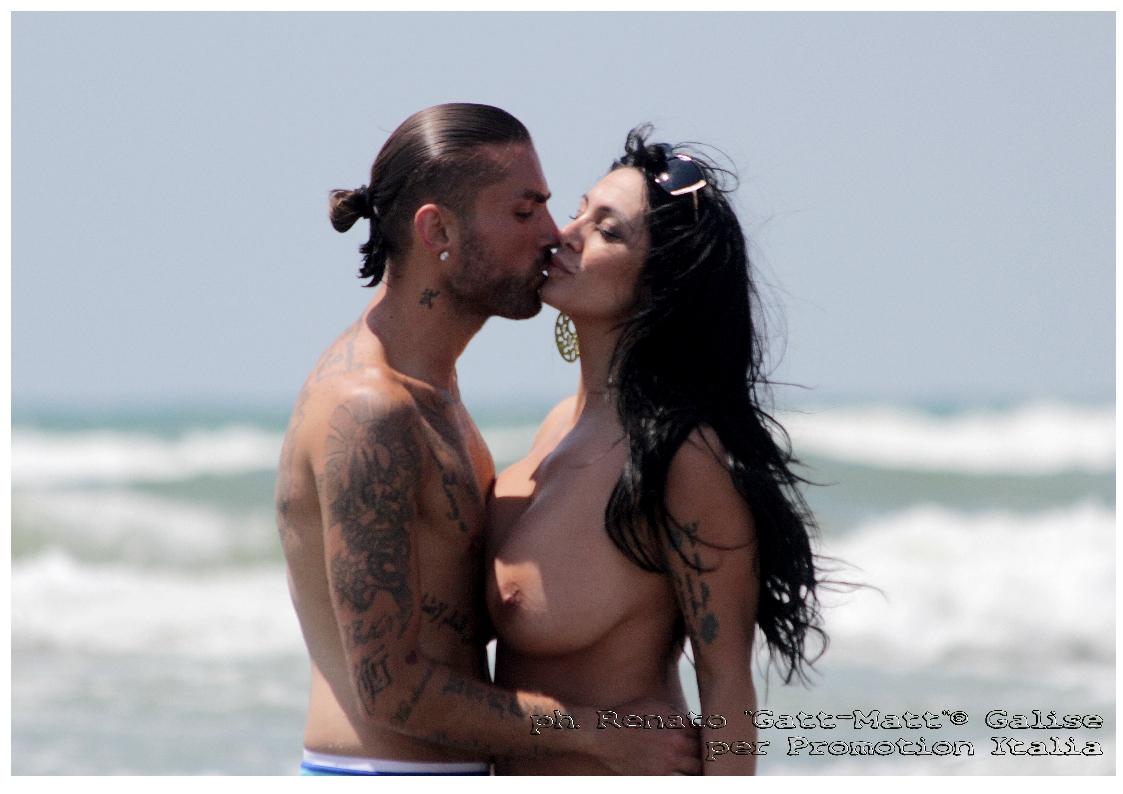 topless Marika fruscio