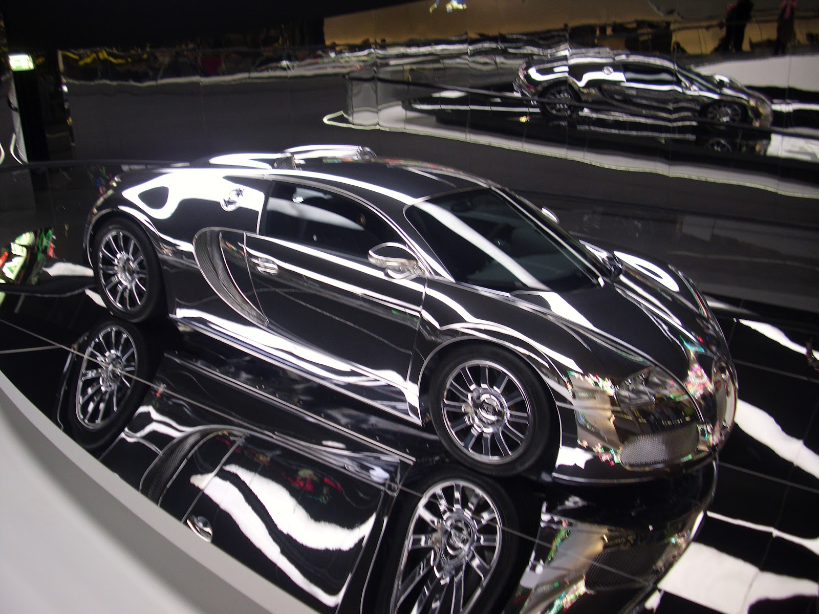 osnabr ck berlin die welt archiv das auto zum wochenende folge 1 bugatti veyron eb 16 4. Black Bedroom Furniture Sets. Home Design Ideas