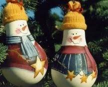 Bonhommes de Neige avec des Ampoules Recyclées, Décorations Écologiques pour Noël