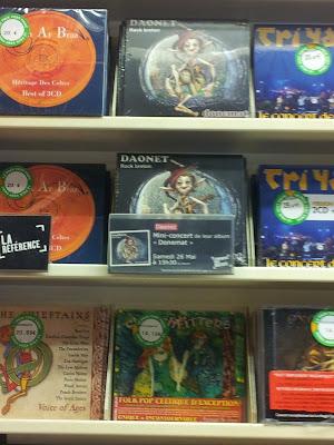 CD Daonet Donemat entre Dan ar Braz et Tri Yann à la fnac de Nantes