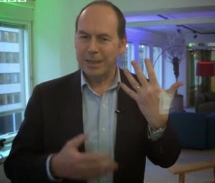 Des sociétés suédoises implantent des puces RFID à leurs employés BBC%2BRFID