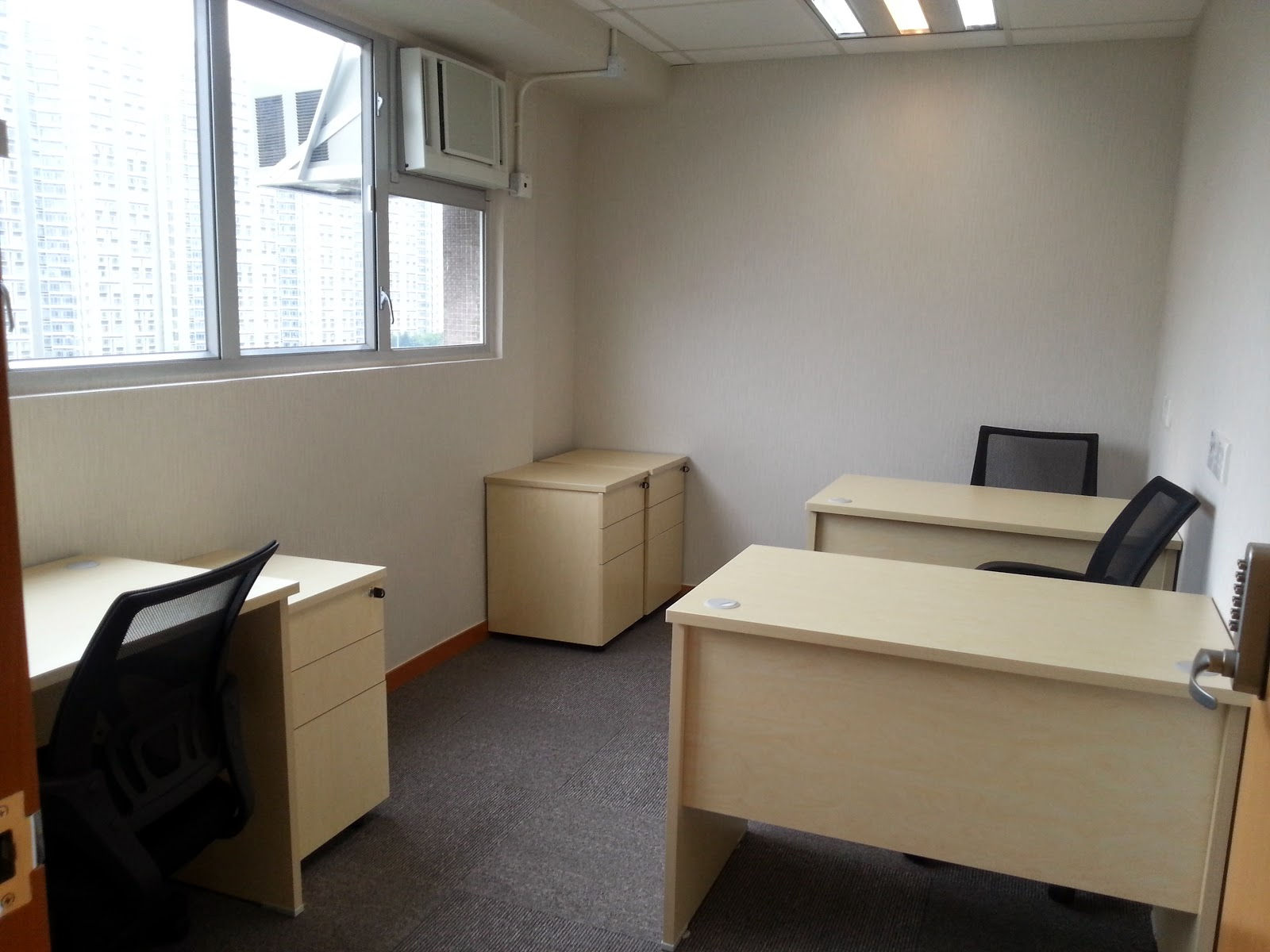 office,room,furniture,real estate,desk