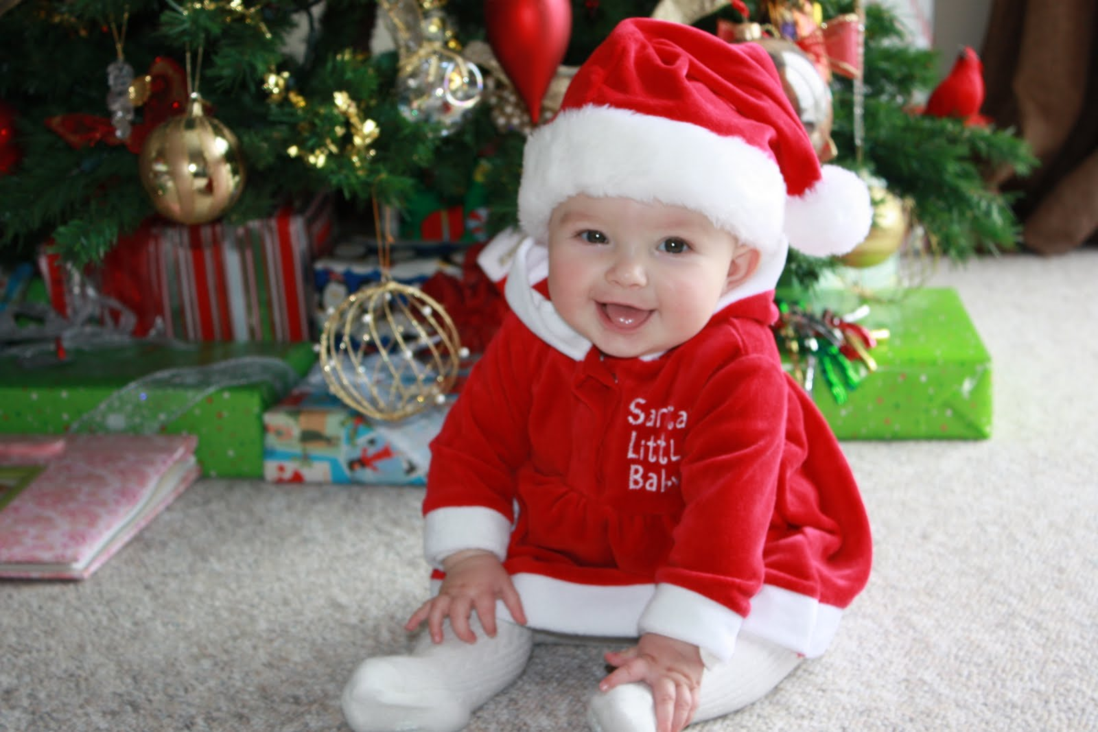Baby Gifts For Christmas : Christmas wallpapers and images photos baby