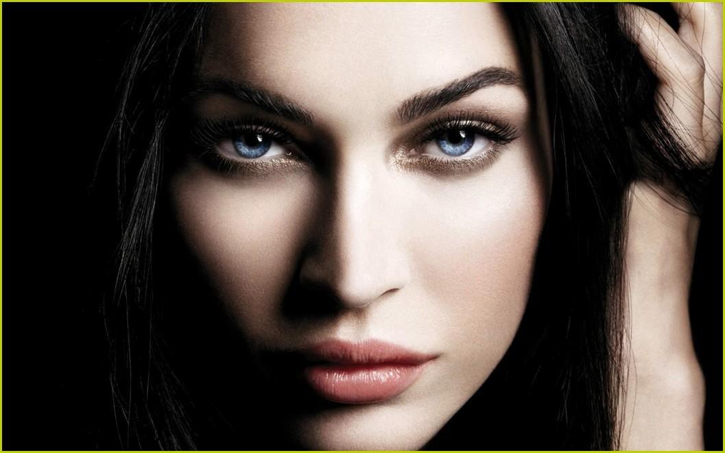 Megan Fox Awesome Eyes 13