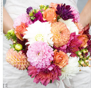 spring dahlia wedding bouquet
