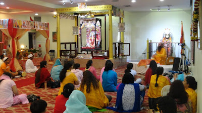 Kripaluji Maharaj's devotee at Hanuman Temple, New York
