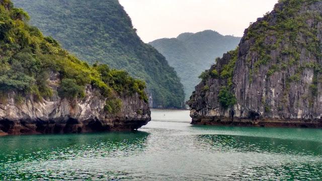 Vista de Halong Bay no Vietnã