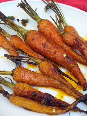 red or green?: Honey Glazed Roasted Carrots with Cayenne Pepper